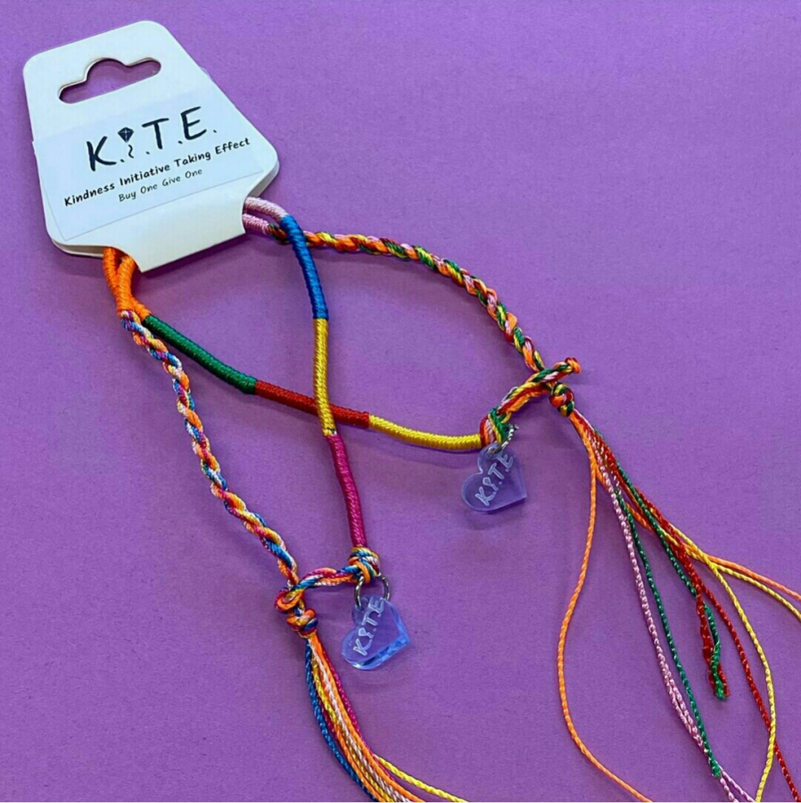 Via @kite.bracelets on Instagram.